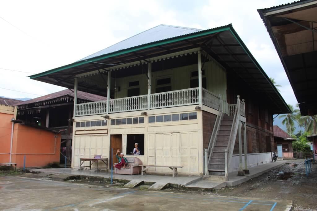Rumah Empat Lawang (2)